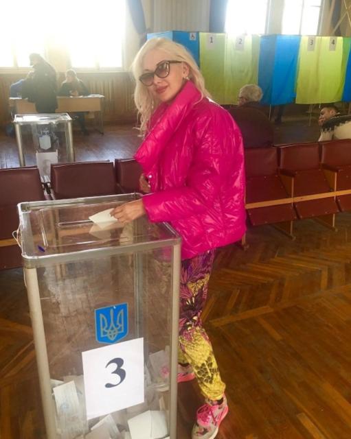 Мне не все равно: как украинские звезды проголосовали на выборах