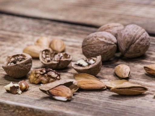 Чем может грозить злоупотребление грецкими орехами
