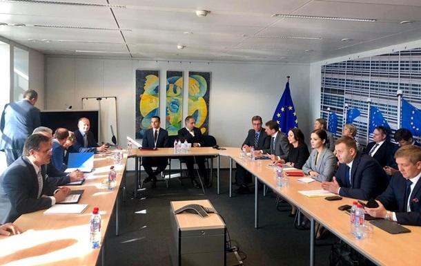 Германия поддерживает Еврокомиссию на газовых переговорах: что будет с транзитом через Украину