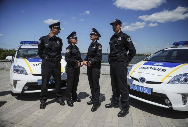 Водителей предупредили, в каких случаях полиция имеет право осмотреть авто