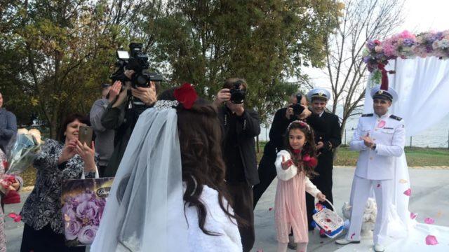 Освобожденный моряк Беспальченко сыграл свадьбу: фото