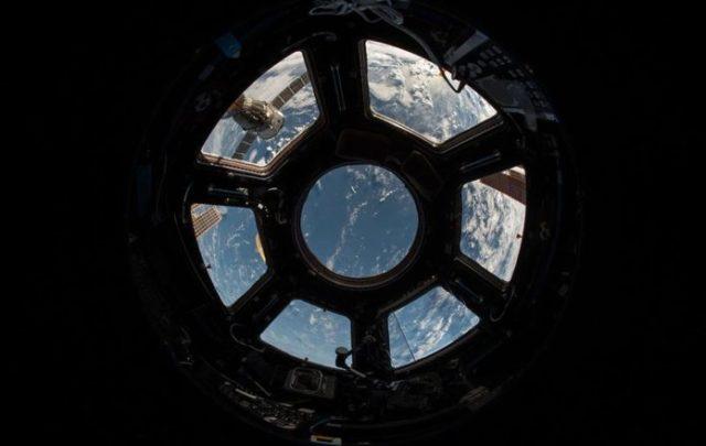 Космический туризм: Белый дом «мотивирует» NASA поторопиться