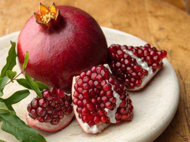 Эксперт рассказала, какие фрукты нужно есть осенью и зимой