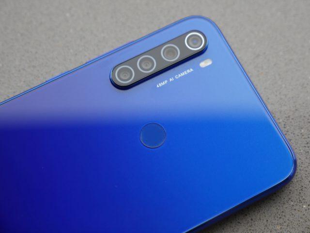 Xiaomi выпустила самый бюджетный телефон Redmi с NFC