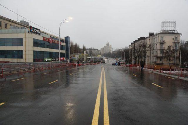 Кличко на квадроцикле открыл Шулявский путепровод: видео