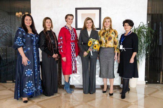 Зеленская провела встречу с украинками в Азербайджане