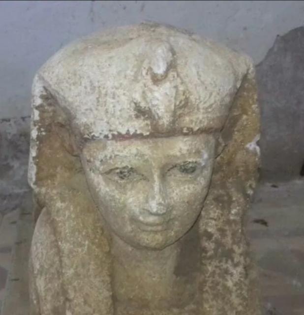 Археологи нашли новую статую сфинкса