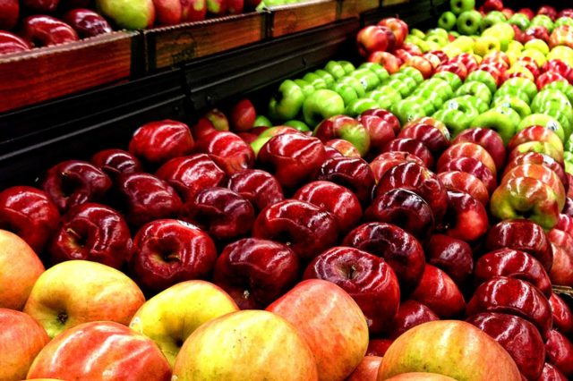 Этот популярный фрукт снижает холестерин и укрепляет сердце