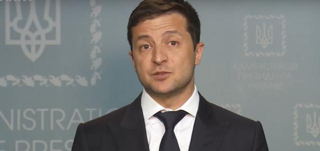 Зеленский разрешил помощникам нардепов иметь несколько работ и свой бизнес