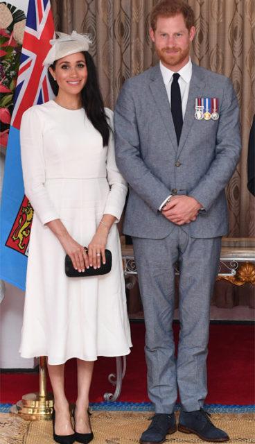 Елизавета II провела экстренное совещание из-за скандала с Меган Маркл и принцем Гарри
