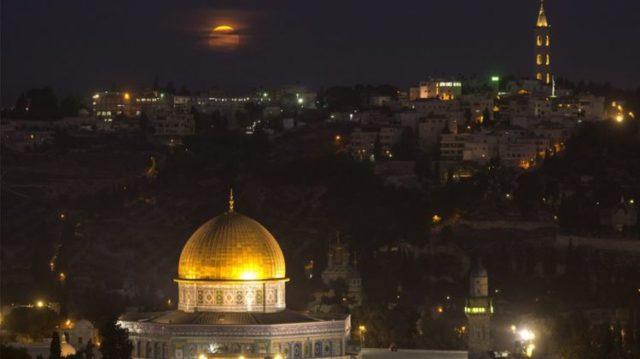 Путин обменял гражданку израильскую заложницу Иссахар на храм в Иерусалиме