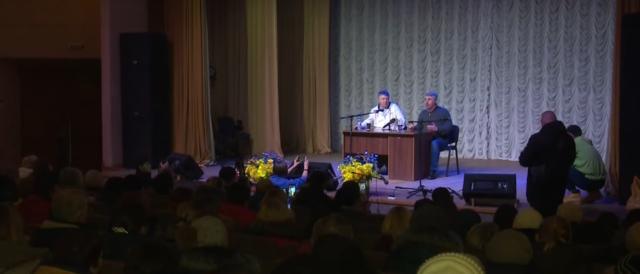 Кто это финансирует: Комаровский резко обратился к Зеленскому из-за «санжарской битвы»