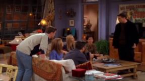 Энистон, Перри, Кокс и другие: названа дата возвращения культового сериала «Друзья»