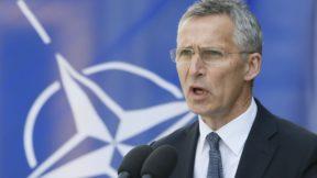 Столтенберг назвал непростой задачей защиту военных НАТО от коронавируса