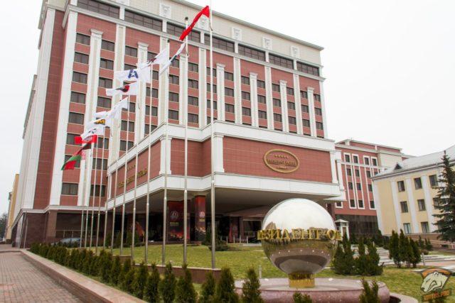 Безсмертный сказал, чем рискует Зеленский из-за новых договоренностей в Минске