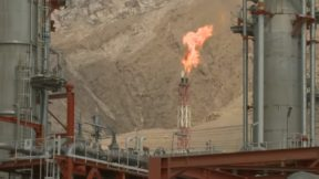 Bloomberg: Саудовская Аравия начинает ценовую войну из-за срыва сделки ОПЕК