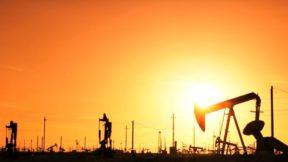 Нефть дорожает в преддверии встречи ОПЕК