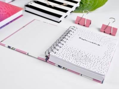 Стильные тетради и блокноты из качественных материалов