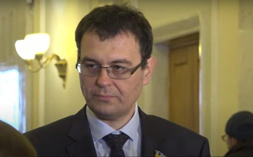 Гетманцев пригрозил Степанову отставкой