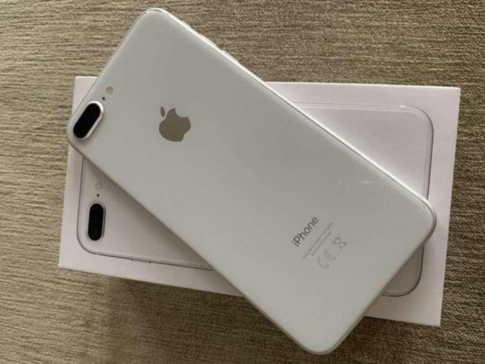 iPhone 8 б/у в Украине