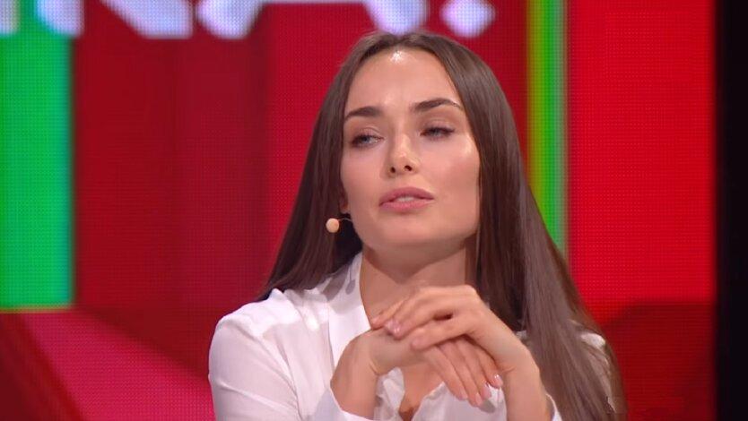 Мишина показала кумовские посиделки с подругой: видео