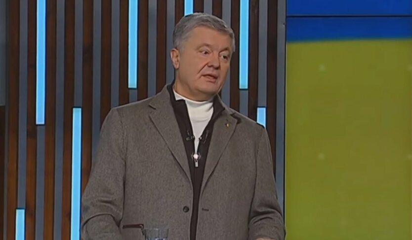 Украинцам рассказали, как Порошенко использовал наработки Януковича