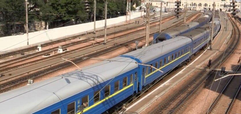 Военные устроили перестрелку в поезде: детали